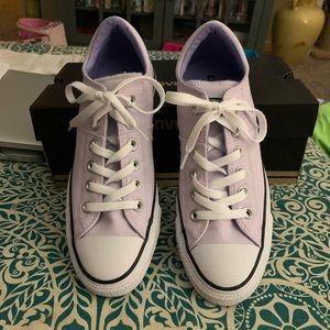 Converse Sneakers. Women Sz.8 Color. Barely Grape